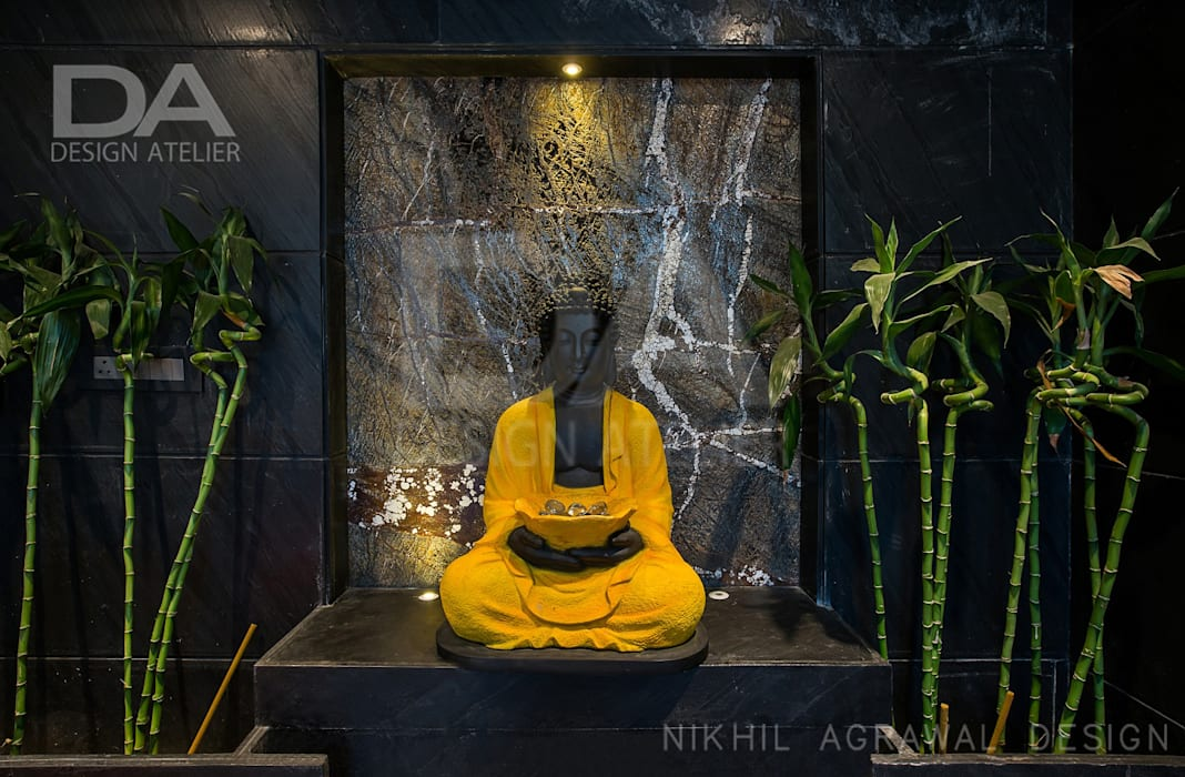 Buddha statue welcoming the guests in party lounge :  Bathroom by Design Atelier,