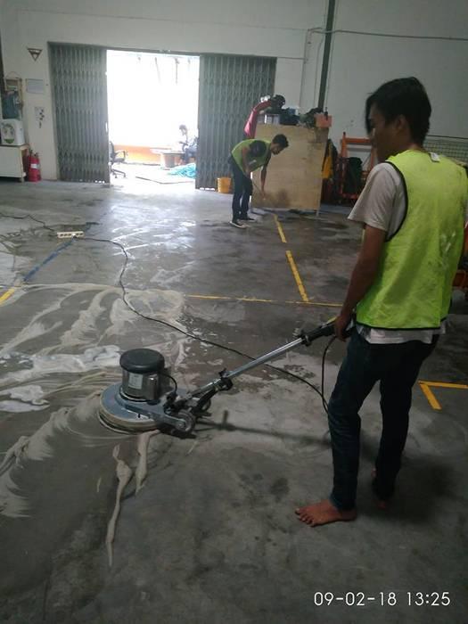 jasa general cleaning 021-88354281:  Gedung perkantoran by cv indah karya bersaudara