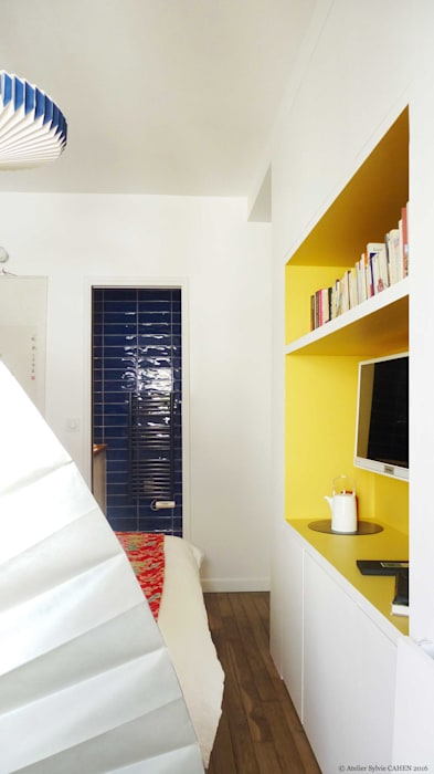 ORIGAMI: Chambre de style de style Moderne par Atelier Sylvie Cahen