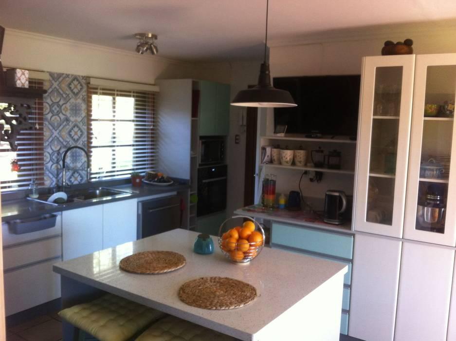 Muebles de cocina llanquihue, chile: cocina de estilo por quo design ...