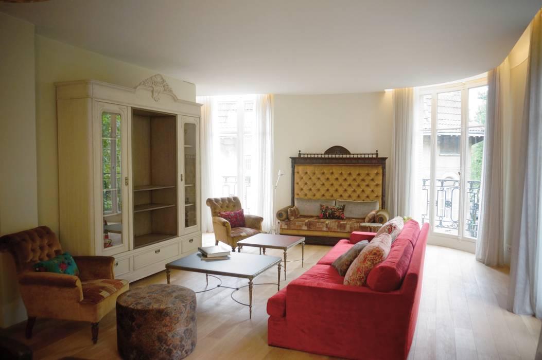 Renovation D Un Appartement A Paris 16e Salon Classique Par C Design Architectes D Interieur Classique Homify