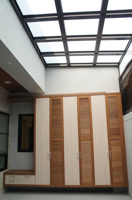 陶醉在寧靜中的松濤3 houseda 雙車庫 MDF Wood effect