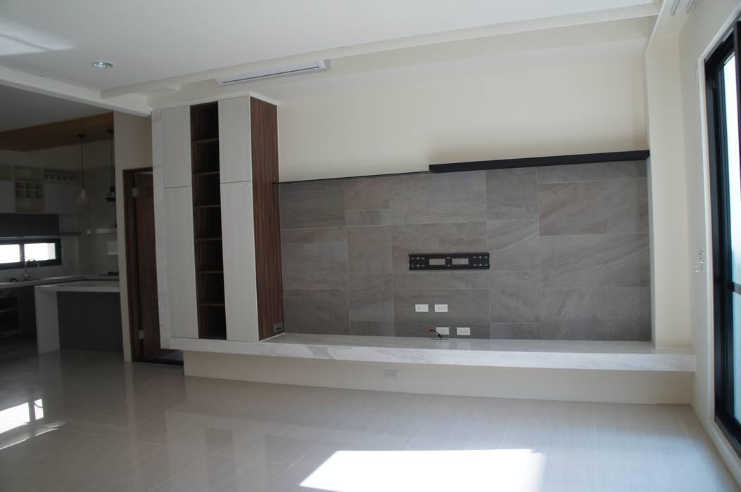 客廳電視牆 houseda 客廳 磁磚 Grey