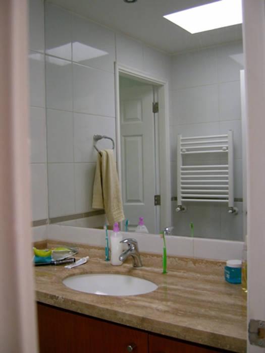 CASA BELMAR Baños de estilo moderno de AOG Moderno Granito