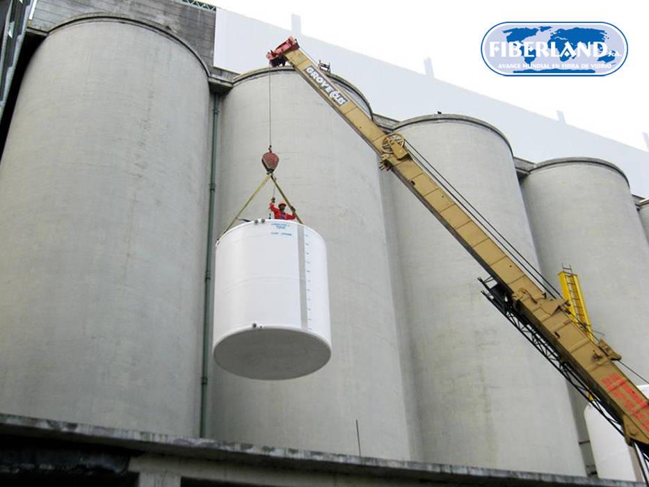 Tanque en Fibra de Vidrio de FIBERLAND S.A. - TANQUES PARA ALMACENAMIENTO Industrial Plástico