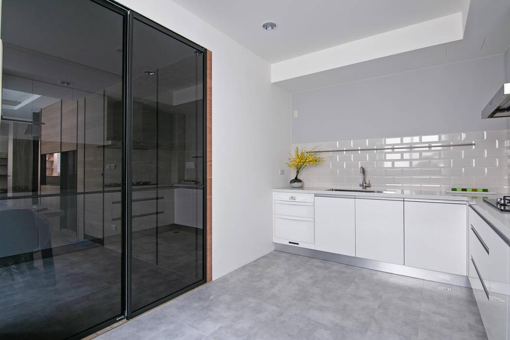 簡潔清雅 拓雅室內裝修有限公司 現代廚房設計點子、靈感&圖片
