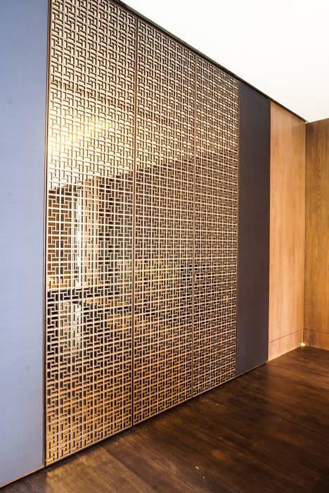 JC House : Dinding oleh ARF interior,
