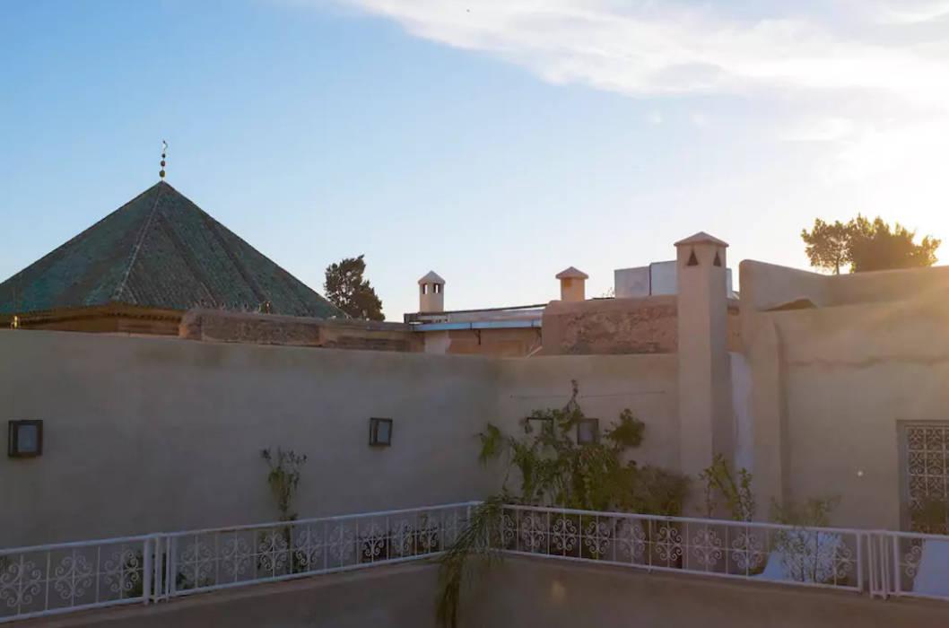 Riad Paris & Fahd em Marraquexe: Telhados  por Protega,Mediterrânico