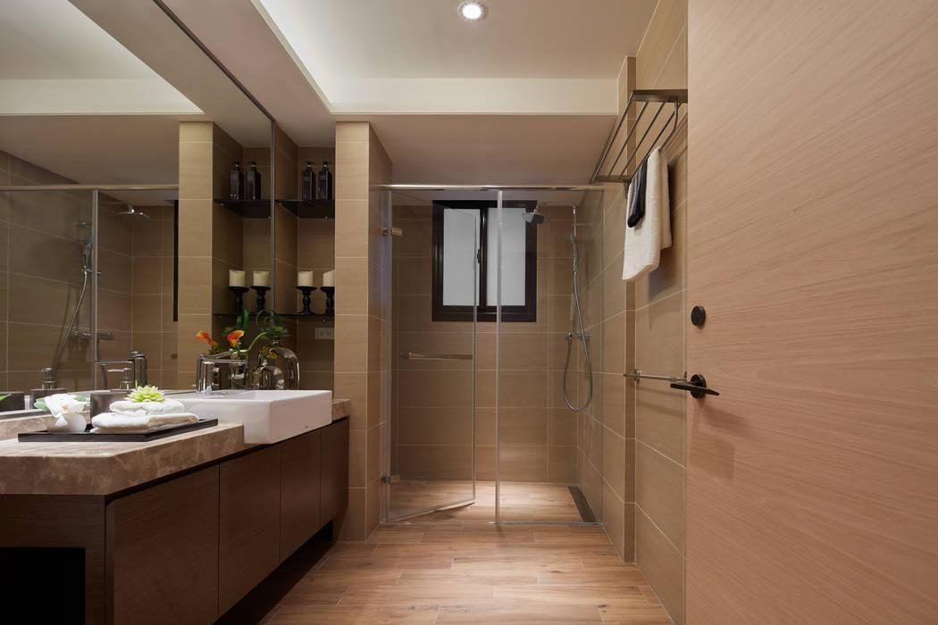 永和 舊翻新 現代浴室設計點子、靈感&圖片 根據 星葉室內裝修有限公司 現代風