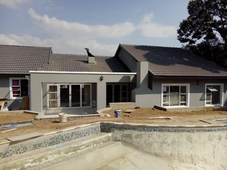 Home Renovations:  Houses by Ndiweni Architecture