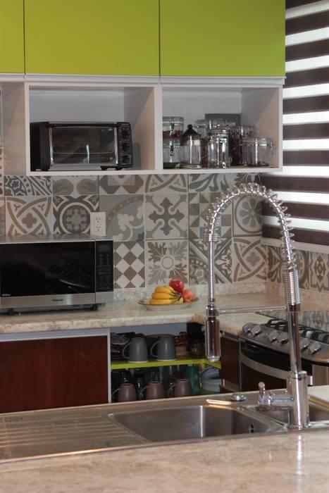 Cocina S: Cocinas de estilo  por emARTquitectura