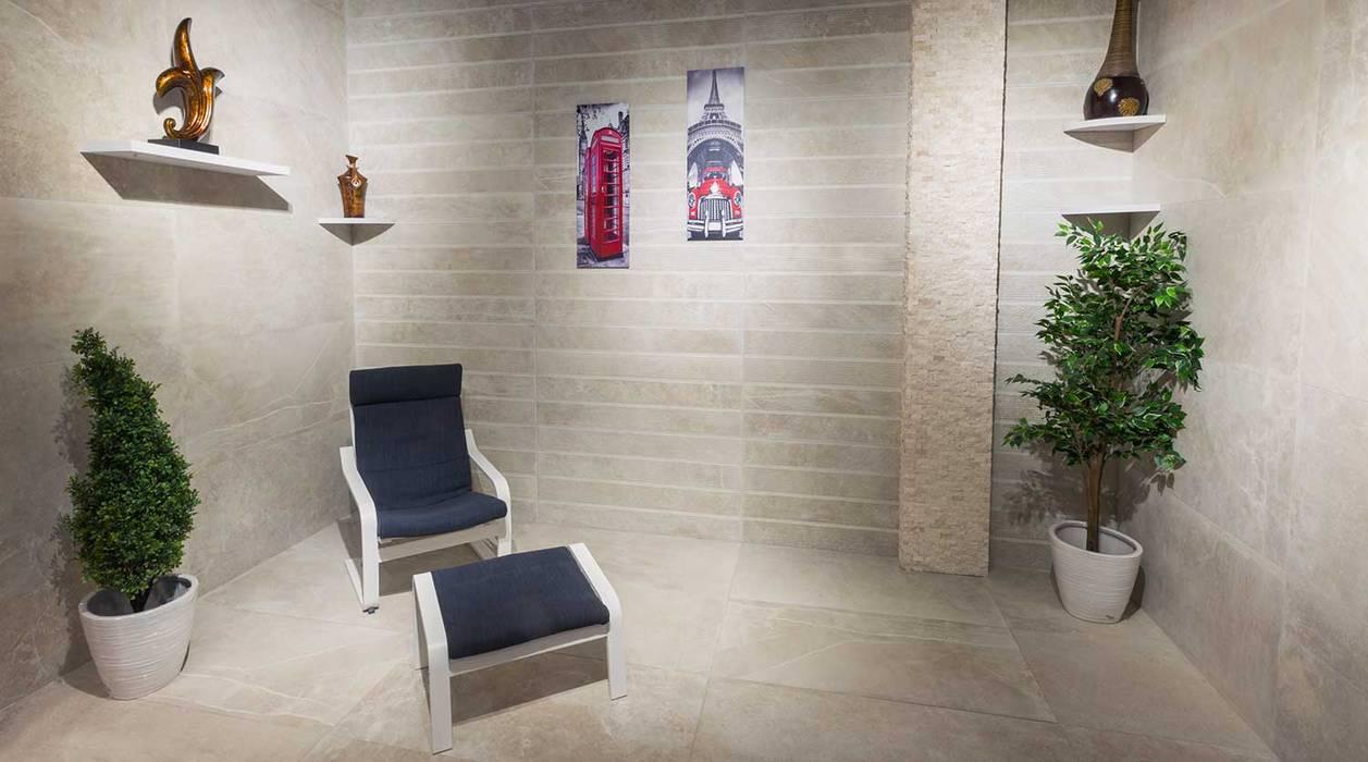 غرفة جلوس هادئة:  غرفة المعيشة تنفيذ بيت الإباء, تبسيطي سيراميك