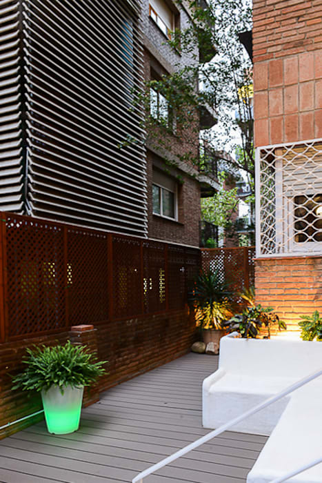 Banco de obra encalado: Jardín de estilo  de ETNA STUDIO
