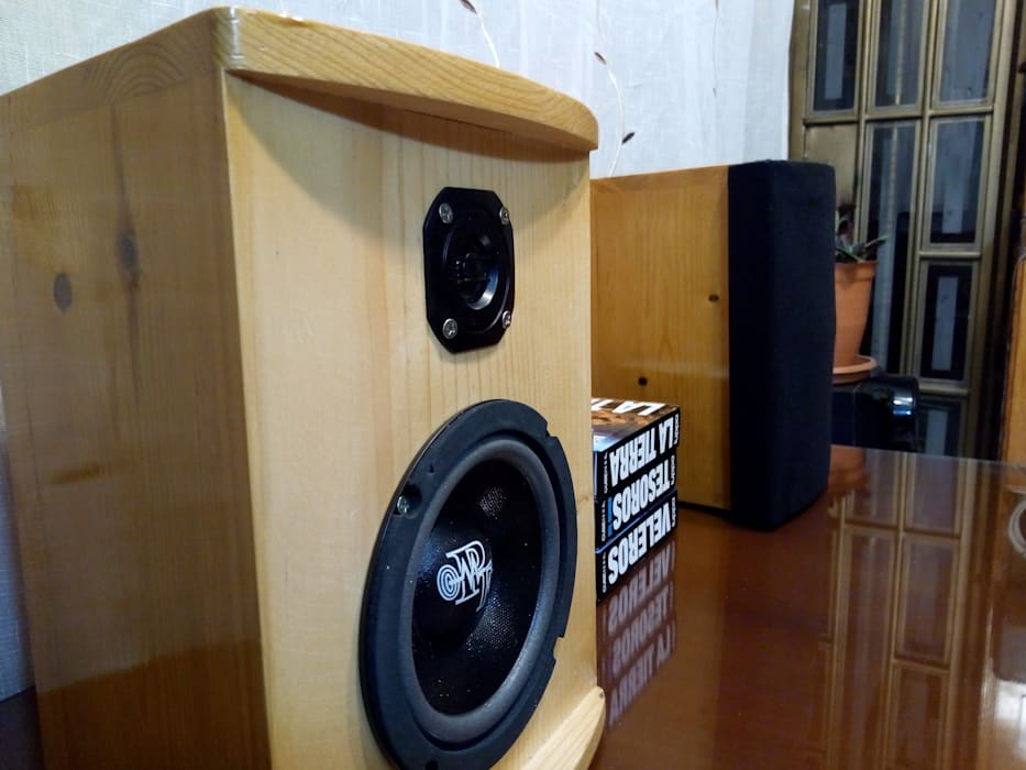 D-fi Sound HouseholdSmall appliances Solid Wood Wood effect