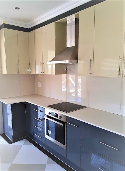 od Zingana Kitchens and Cabinetry Nowoczesny