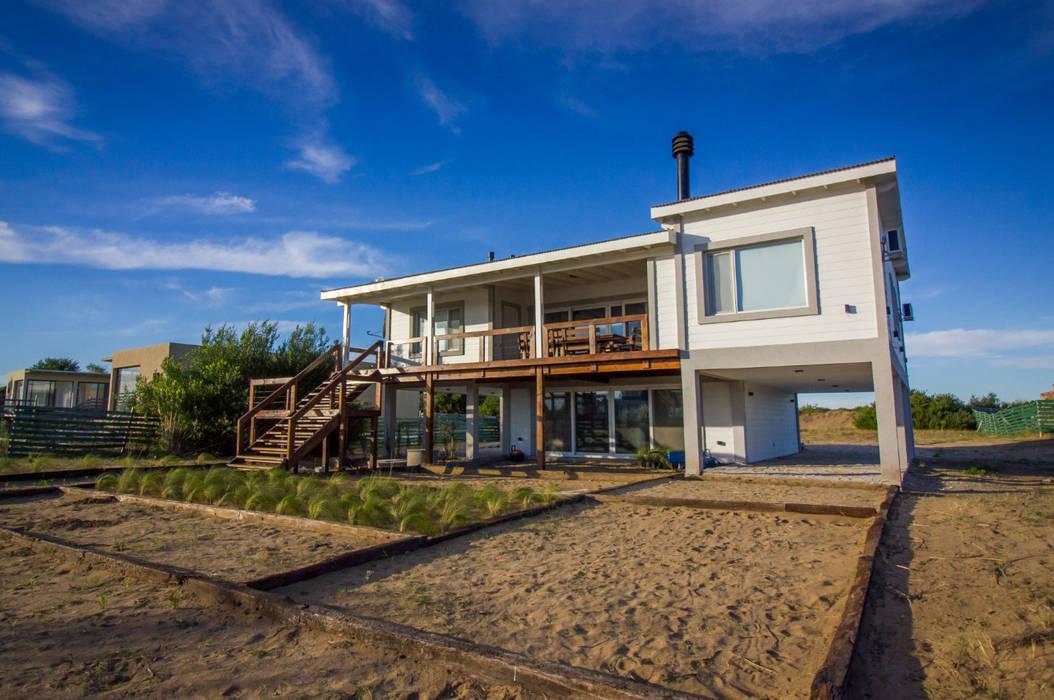 บ้านเดี่ยว โดย JOM HOUSES, มินิมัล