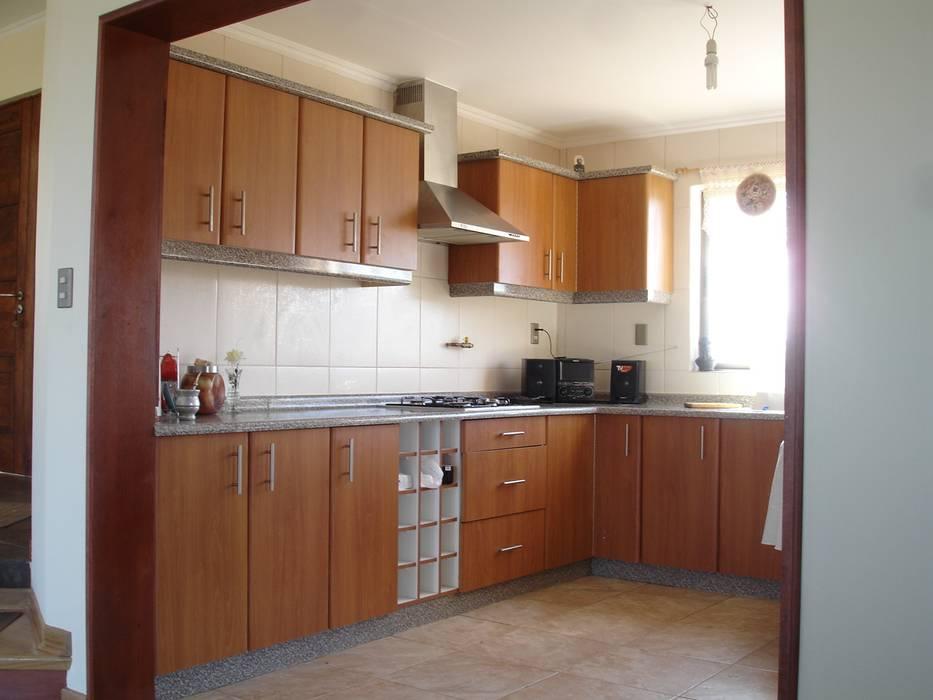 Cocina melamina: muebles de cocinas de estilo por arkitektura | homify