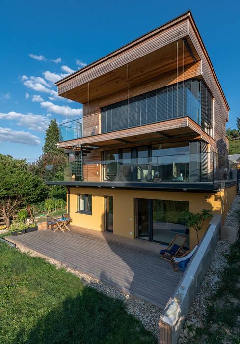 Casas de estilo moderno de AL ARCHITEKT - in Wien Moderno Madera Acabado en madera