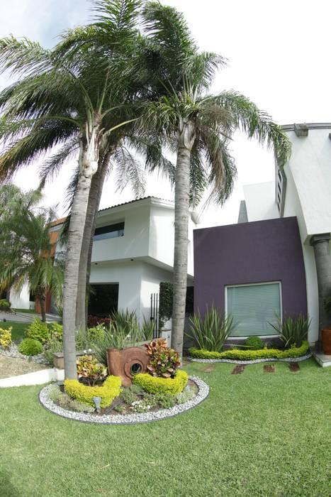 04: Casas unifamiliares de estilo  por Tierra Fría