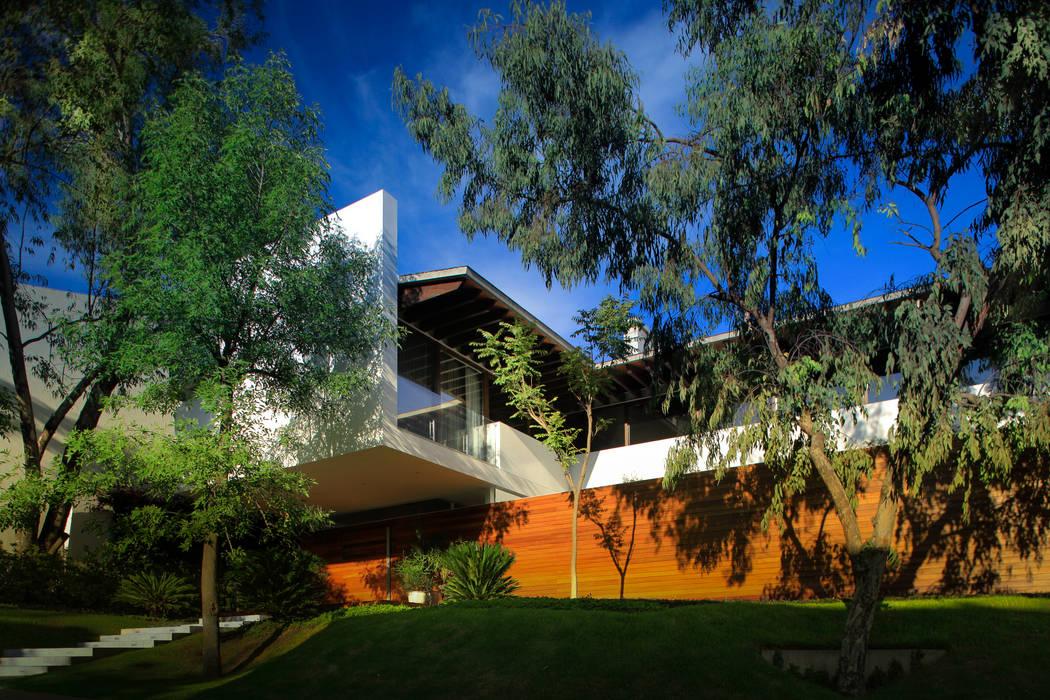 SIETE HOUSE: Casas de estilo  por Hernandez Silva Arquitectos,