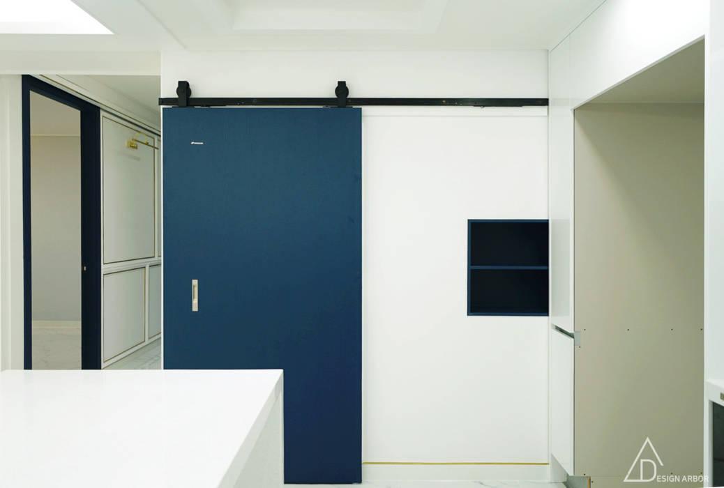 골드 컨셉, 인천 만수동 상가주택 인테리어: 디자인 아버의  주방,