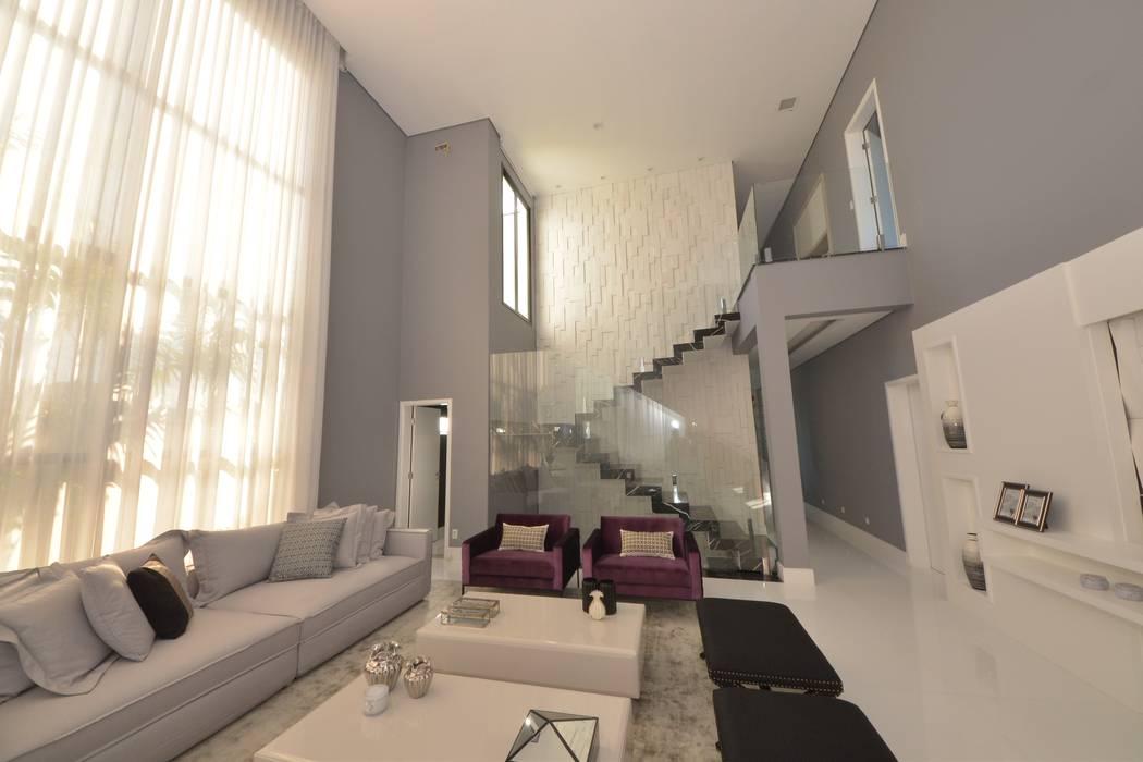 escada: Escadas  por Andréa Generoso - Arquitetura e Construção