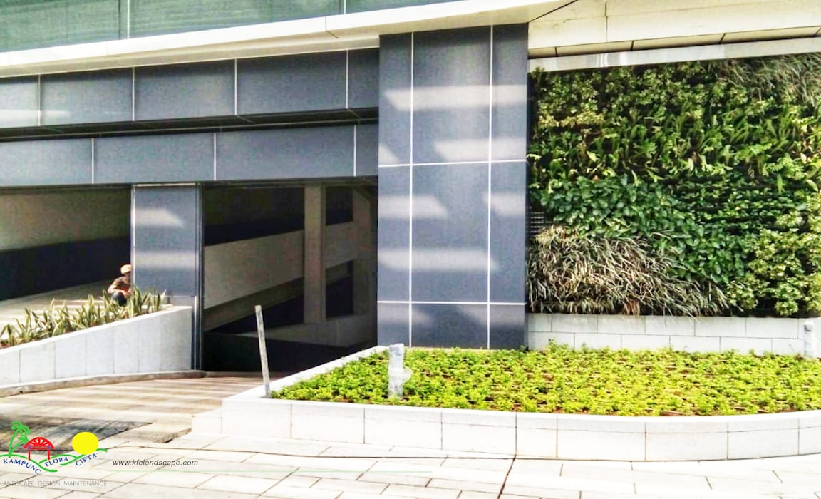 SCBD Lot 10 Bangunan Kantor Tropis Oleh PT. Kampung Flora Cipta Tropis