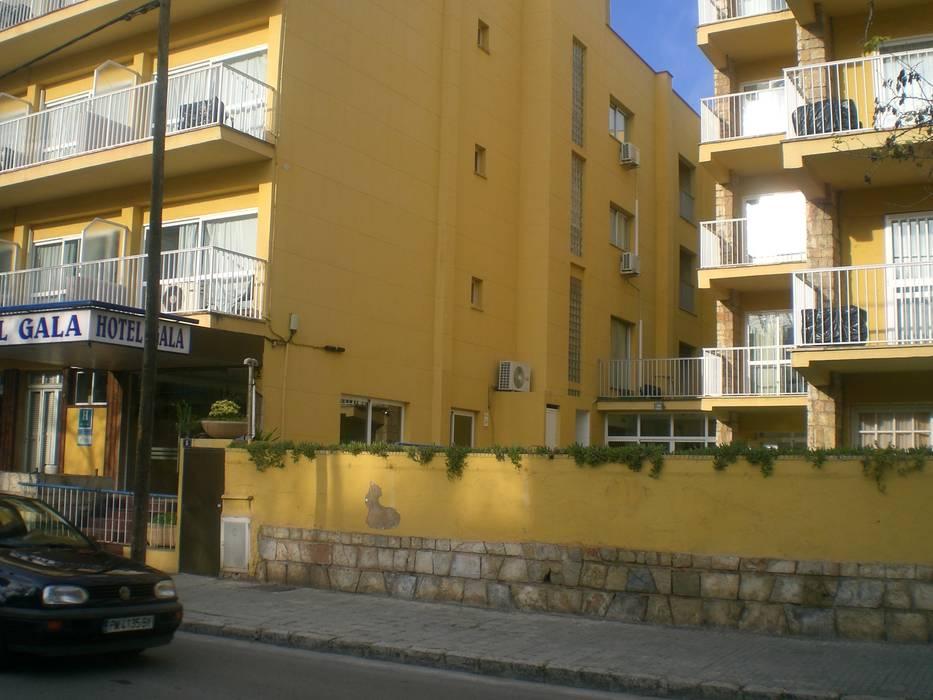 by Diego Cuttone, arquitectos en Mallorca Modern Concrete