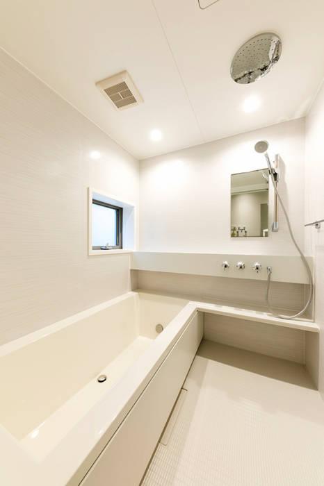 ユニットバス モダンスタイルの お風呂 の アーキシップス古前建築設計事務所 モダン