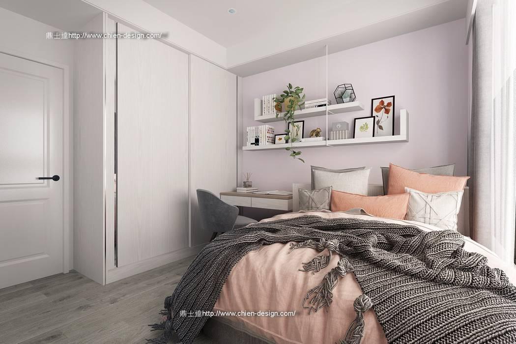 桃園黃宅 Modern Bedroom by 鼎士達室內裝修企劃 Modern Solid Wood Multicolored