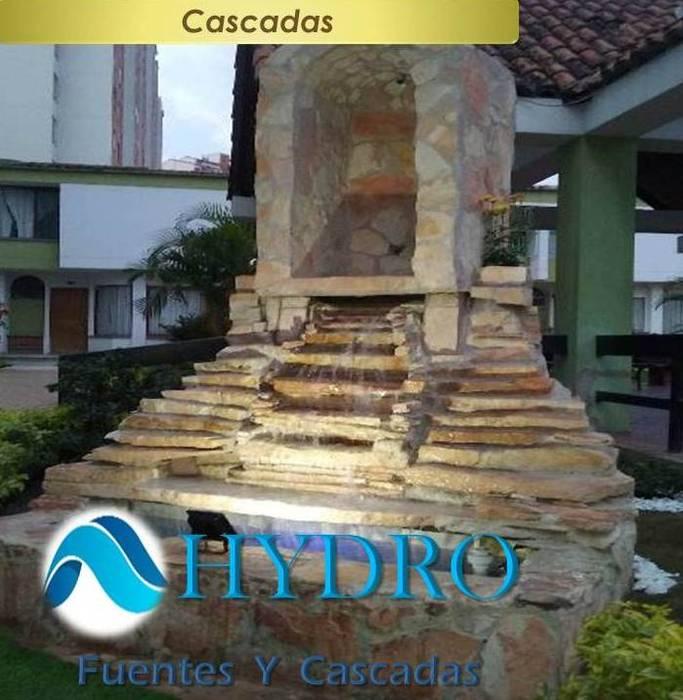 Cascadas: Edificios de oficinas de estilo  por HYDRO FUENTES Y CASCADAS