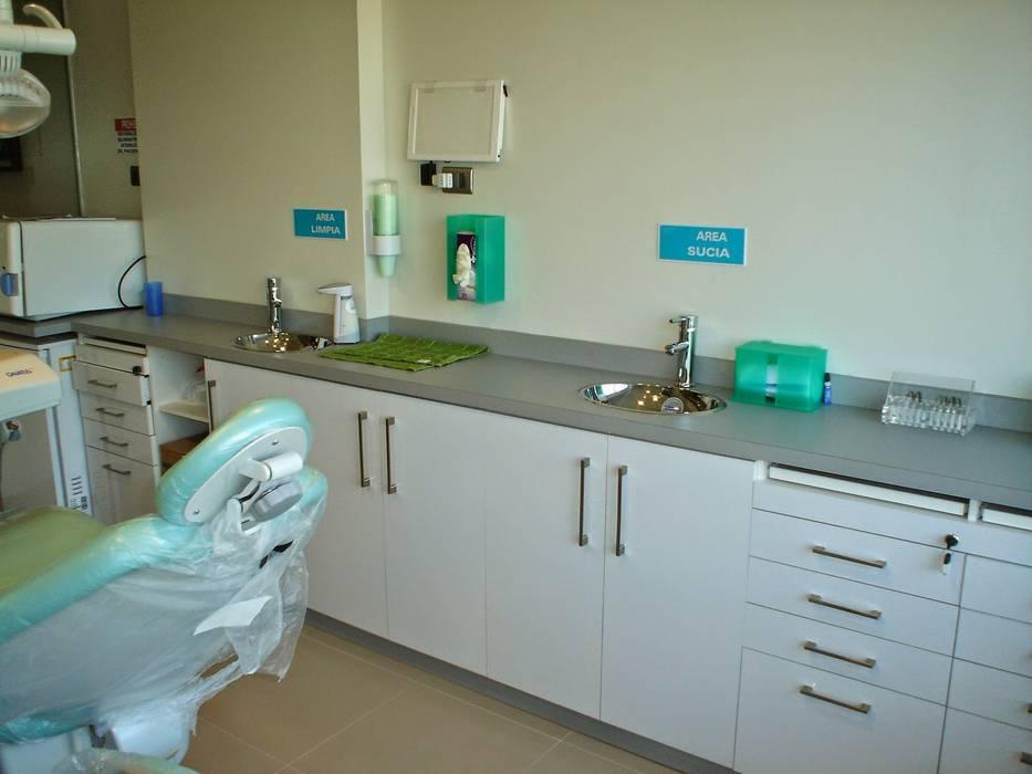 Box dental con mobiliario de Arqsol Moderno