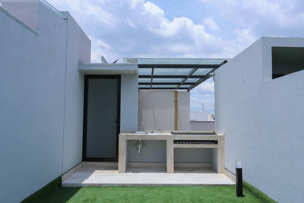 Modern Balkon, Veranda & Teras PHia Modern