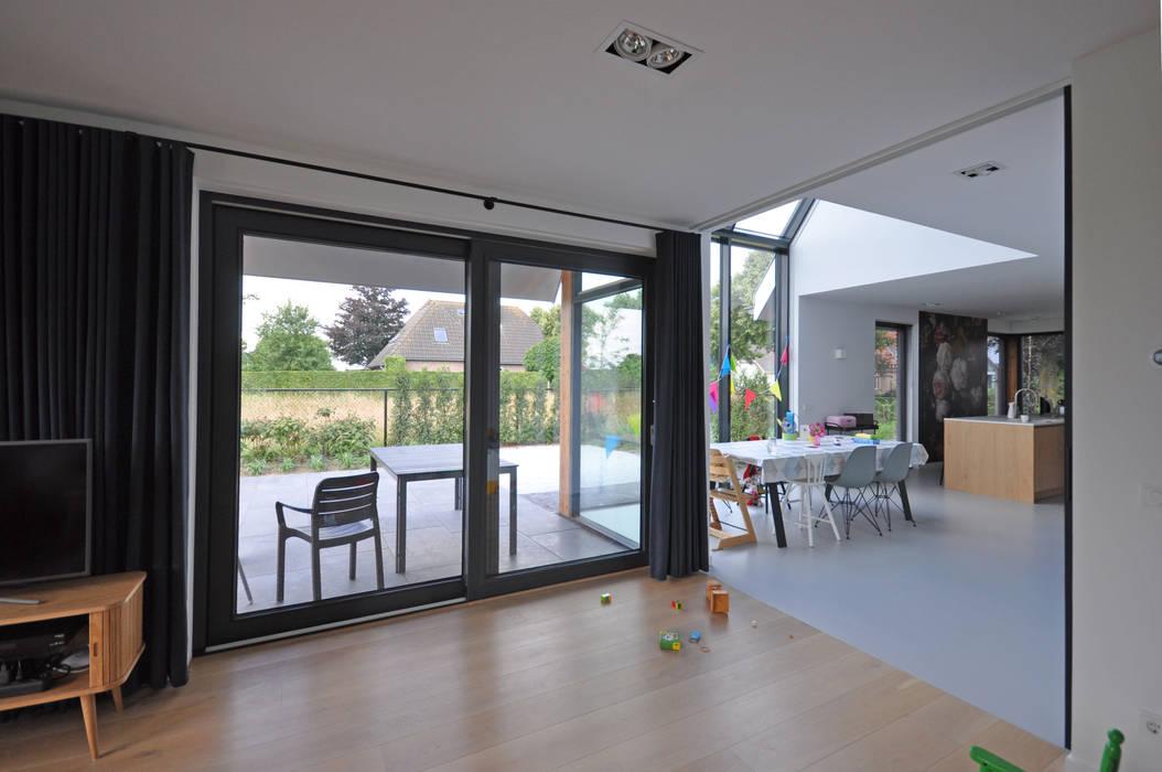 Eigentijdse woning landelijke woonkamer door bongers architecten