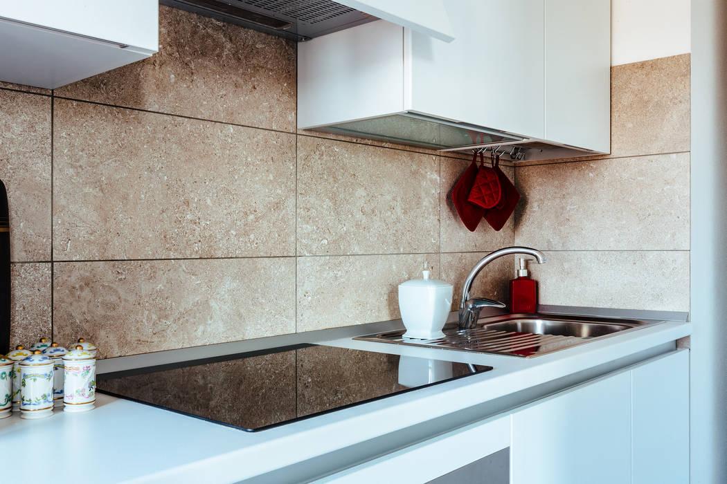 AMA: Cucina in stile in stile Classico di COBE architetti