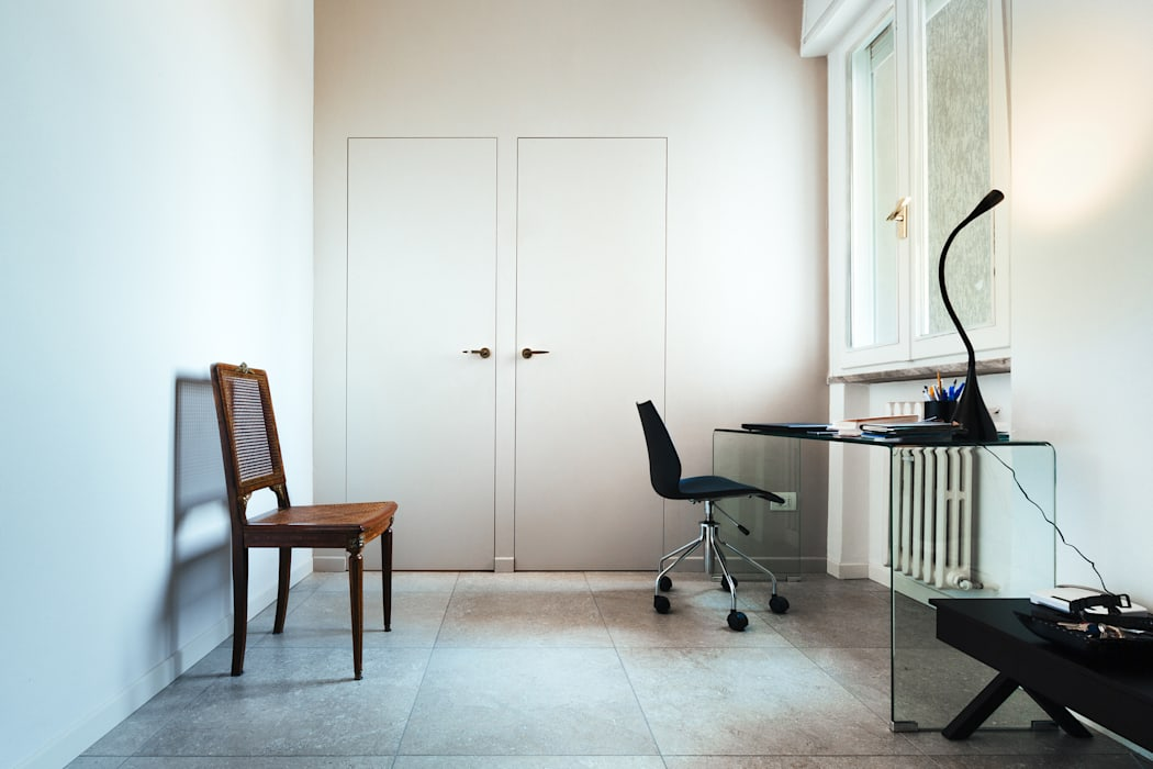 AMA: Studio in stile in stile Classico di COBE architetti