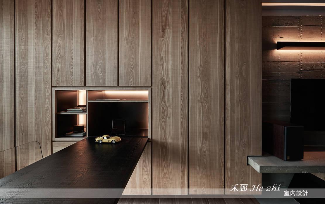 藏.密:  牆面 by 禾郅 室內設計