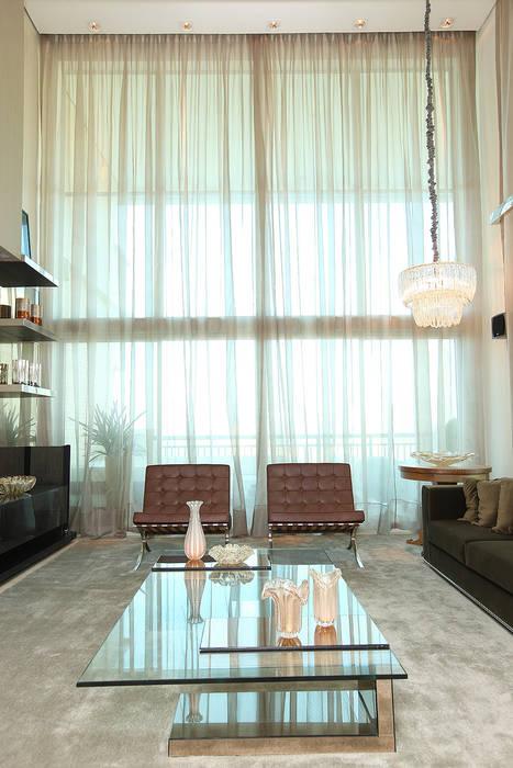 Salas de estilo moderno de RI Arquitetura Moderno