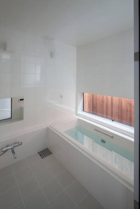 浴室: 石川淳建築設計事務所が手掛けた浴室です。,ミニマル