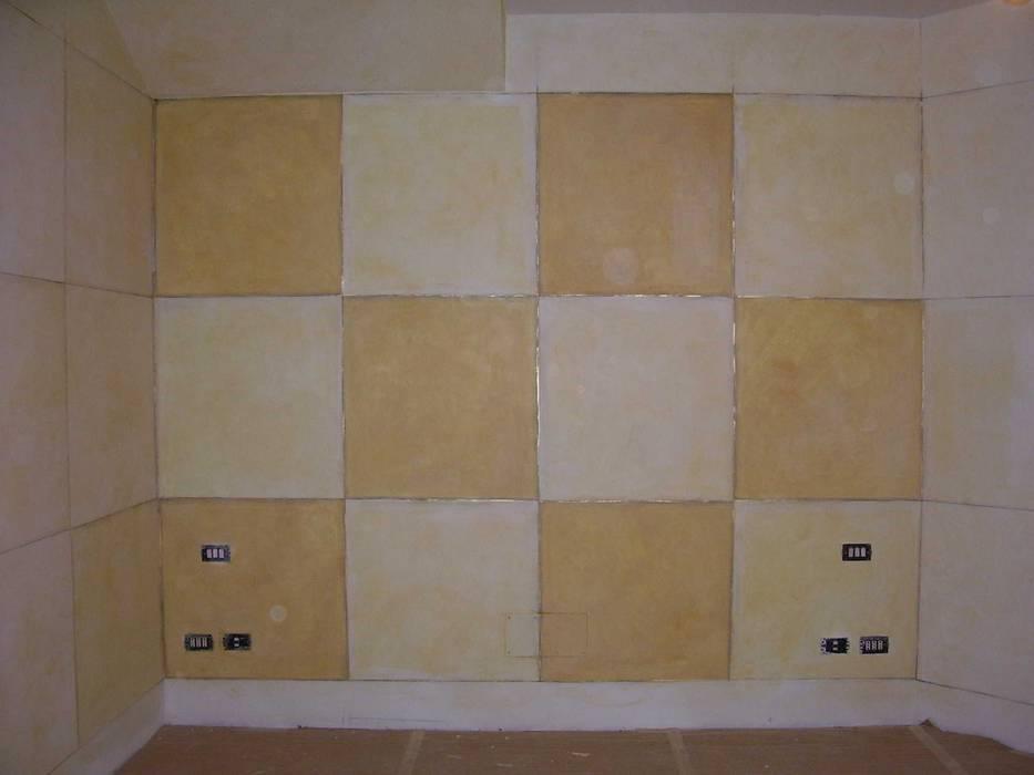Decorazione classica: Camera da letto in stile in stile Classico di Meraki di Irene Mancini