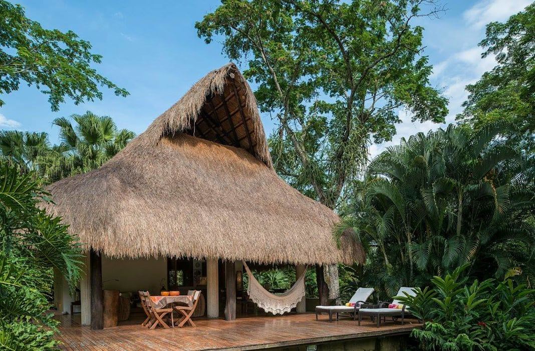 NOAH Proyectos SAS Country house Bamboo Wood effect