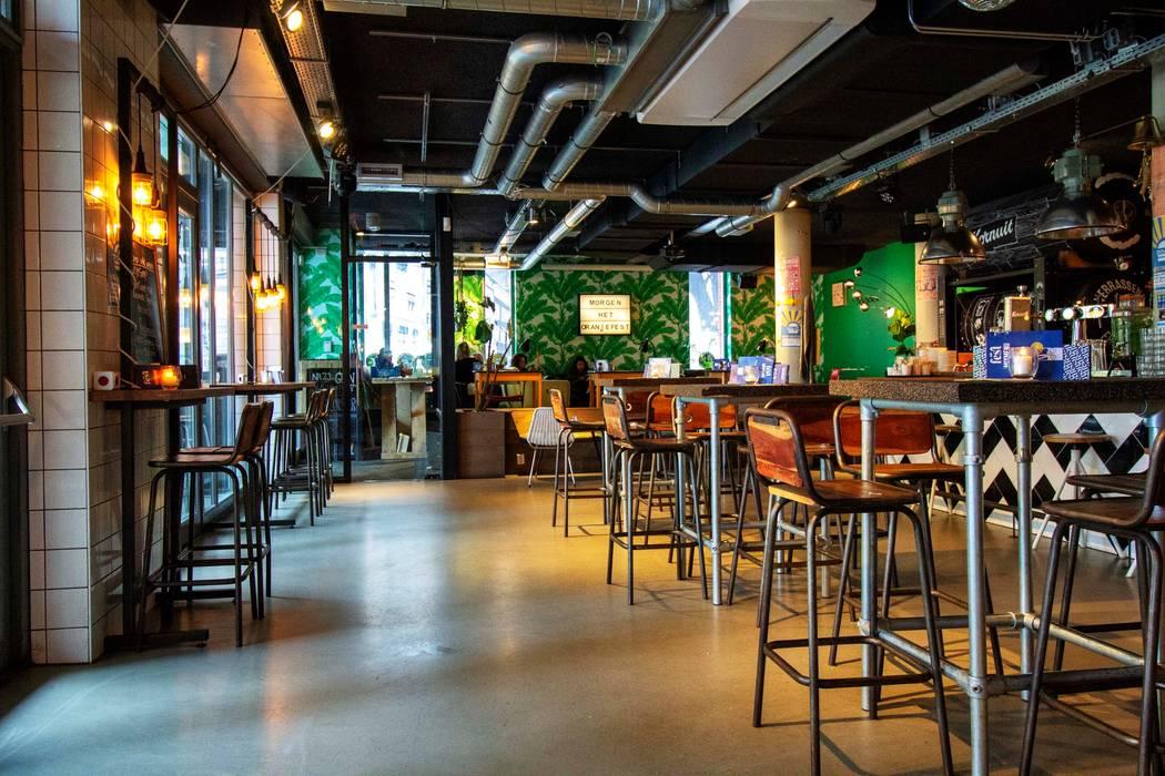 PU Mix betonlook gietvloer in café Fest Industriële bars & clubs van Motion Gietvloeren Industrieel Kunststof