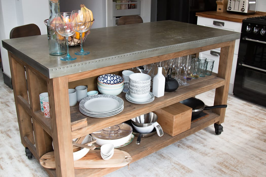 A salvage island with open shelving and a stainless steel top adds personality Eclectic style kitchen by ADORNAS KITCHENS Eclectic Wood Wood effect