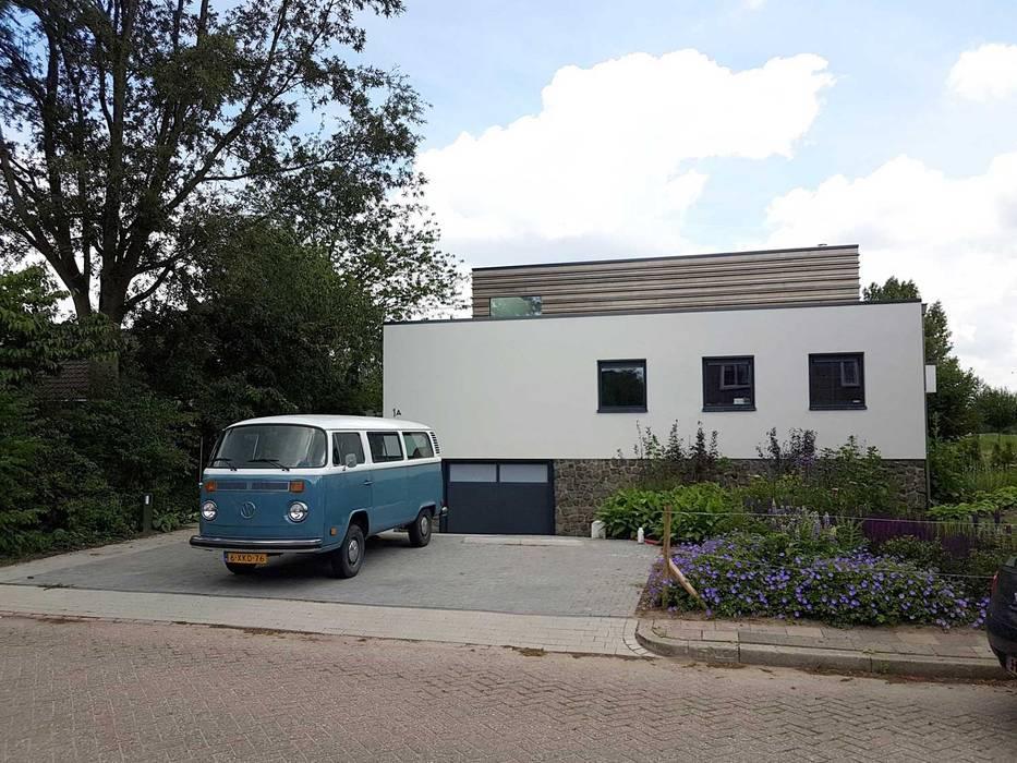 Nieuwbouw villa Moderne huizen van Richèl Lubbers Architecten Modern