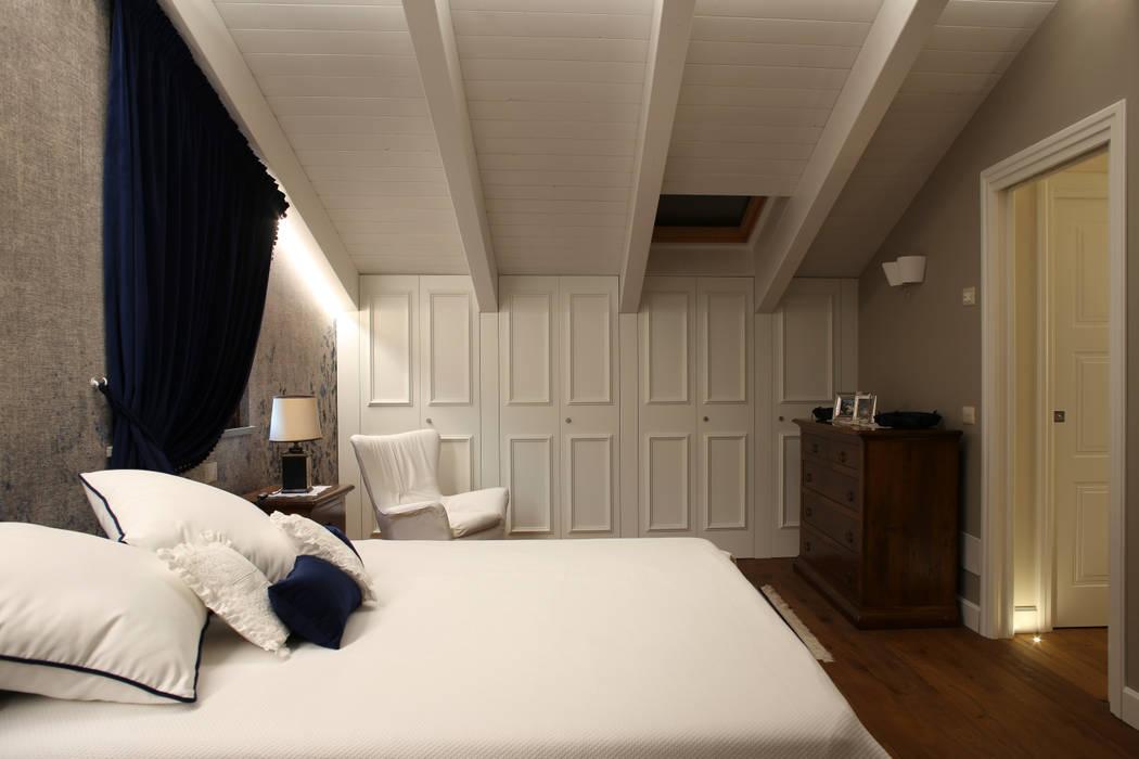 History repeating: camera da letto in stile in stile coloniale di ...