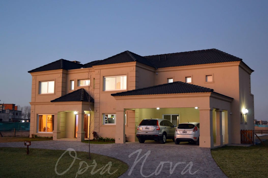 Single family home by Opra Nova - Arquitectos - Buenos Aires - Zona Oeste, Classic