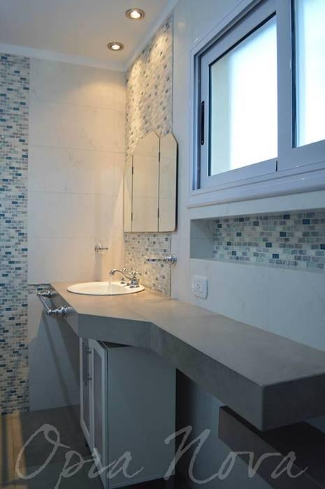 Classic style bathroom by Opra Nova - Arquitectos - Buenos Aires - Zona Oeste Classic