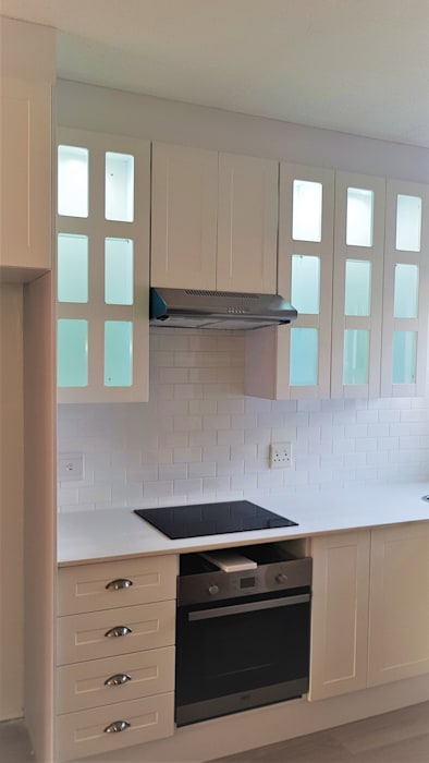 Built-in kitchens by Zingana Kitchens and Cabinetry ,
