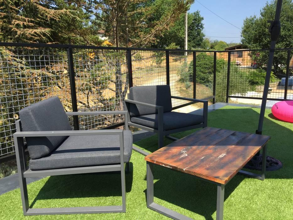 Maison Nomade: Toit-terrasse de style  par Jardin boheme, Moderne