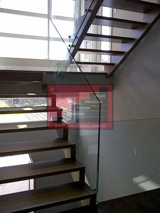 RST AHŞAP Vestíbulos, pasillos y escalerasEscaleras